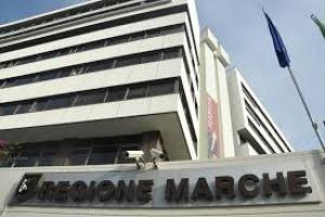 Coronavirus/Marche: Ceriscioli in visita a struttura Pre-triage Ospedali riuniti di Ancona. Arrivano nuovi infermieri