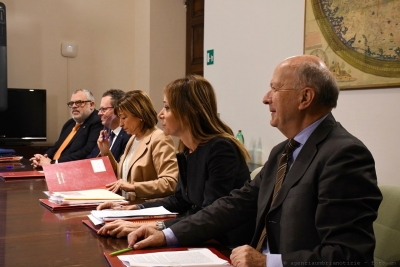 """""""Covid Hotel"""" in Umbria: sopralluoghi in alberghi per isolamento persone positive; Ok convenzione quadro con associazioni settore"""