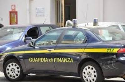 """""""Furbetta"""" del cartellino scoperta da GDF Fidenza: sospesa senza stipendio"""