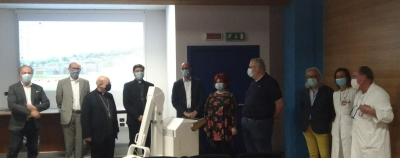 All'ospedale Gubbio/Gualdo donato apparecchio radiografico portatile