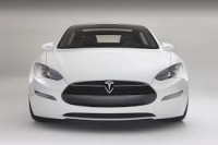 Mercato auto in Cina riprende: Tesla a pieno ritmo nel maxi stabilimento
