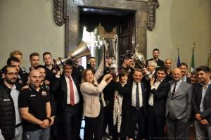 la Coppa vinta; prima d'Italia
