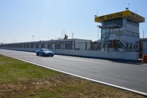 Sicurezza stradale; all'Autodromo dell'Umbria lezioni teoriche-pratiche in pista con un occhio al Motorsport