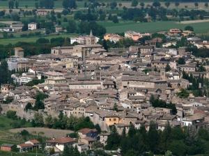 Emergenza Coronavirus: Bevagna, un'intera città mobilitata contro il Covid-19