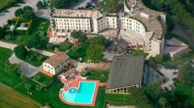 Vertenza Hotel Federico II di Jesi: Aguzzi chiede un forte impegno per far ripartire l'attivita'